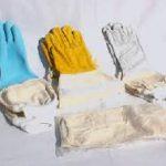 توزیع دستکش زنبورداری
